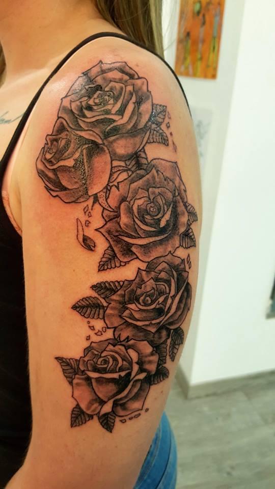 votre tatouage fleur nancy crock ink tatouage nancy. Black Bedroom Furniture Sets. Home Design Ideas